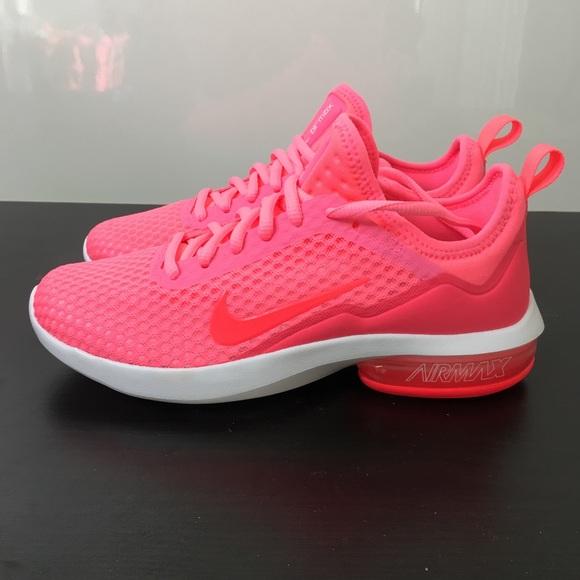 Athletic Shoe Size Nike